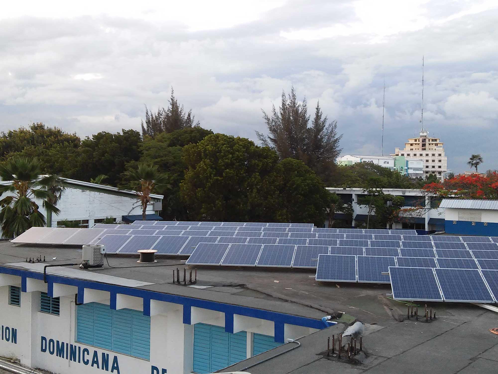 instalar fotoceldas solares