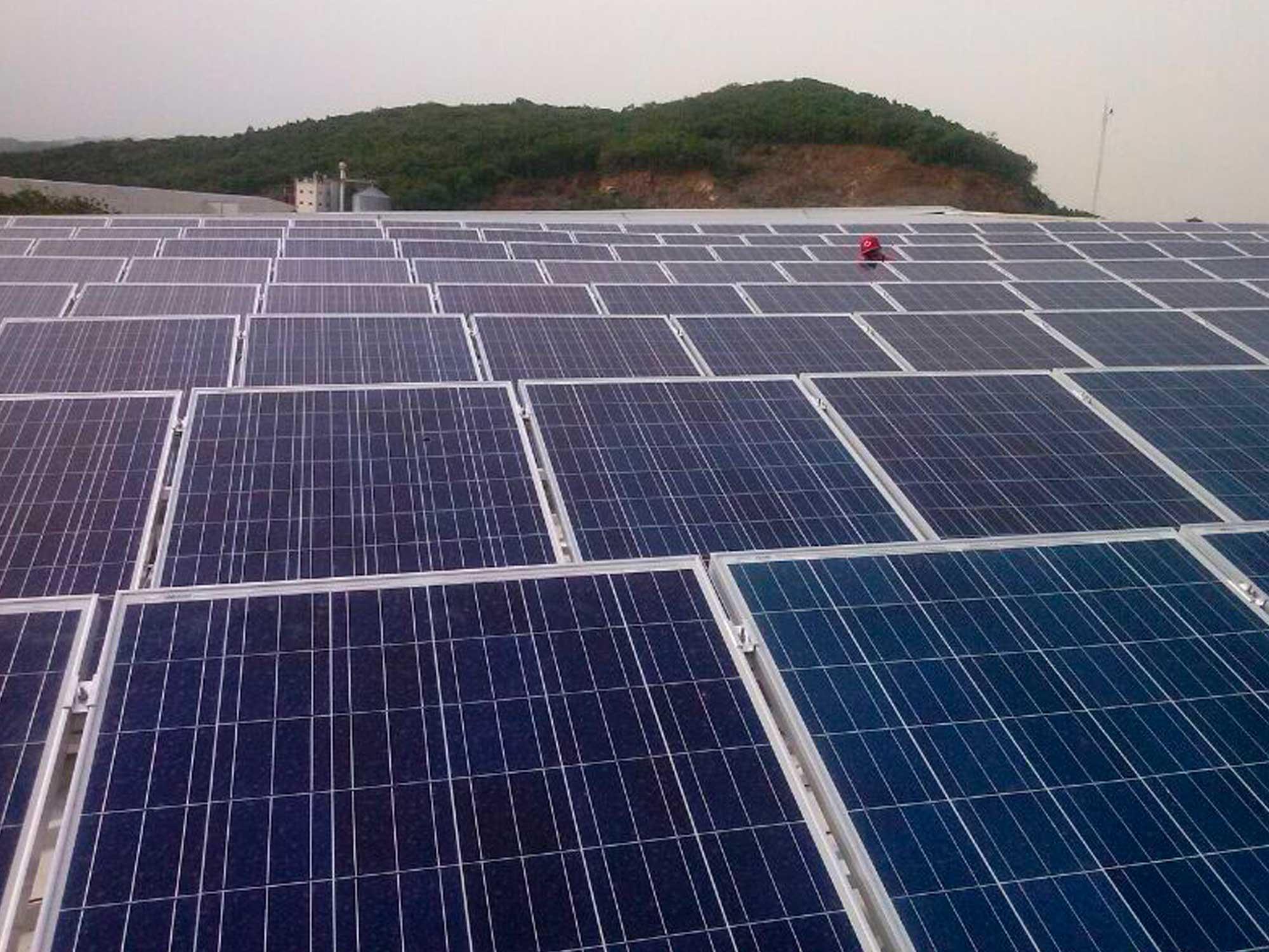 paneles fotovoltaicos industria